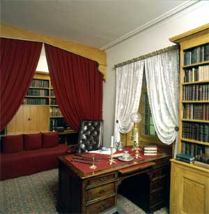 Irving's study at Sunnyside, built around the partner's desk given to him by his publisher, George Putnam.